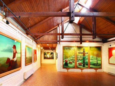 Suvenirnica Galerije naivne umjetnosti Hlebine